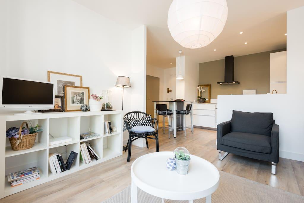 cosy 2 pi ces centre annecy appartements louer annecy rh ne alpes france. Black Bedroom Furniture Sets. Home Design Ideas