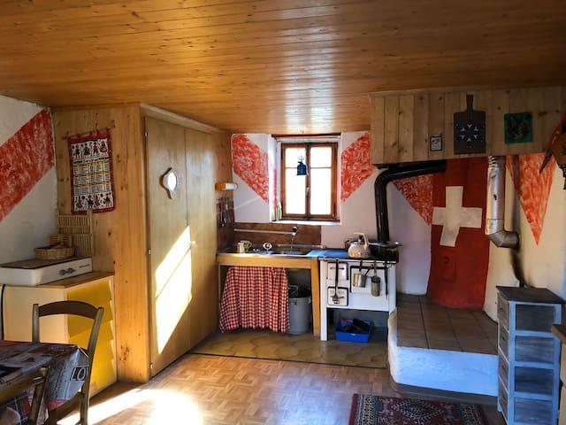Rustikale Alphütte fernab des Mainstreams