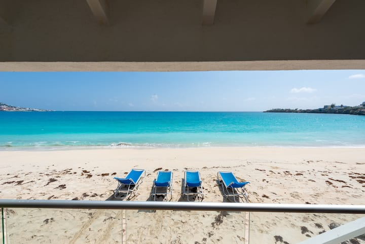 BLU AZUR VILLA - 2 BEDROOM - PRIVATE ACCESS BEACH