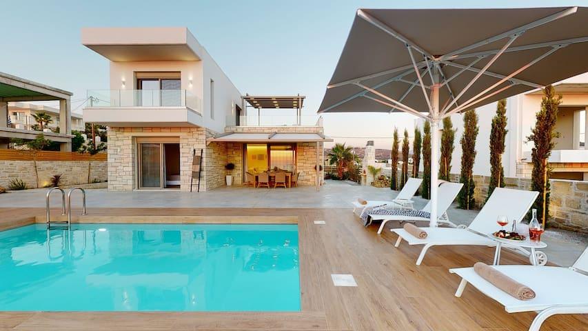 3 Muses Luxury Villas