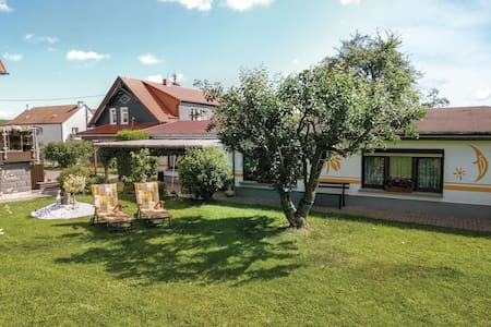 Holiday cottage with 1 bedroom on 45m² in Geschwenda