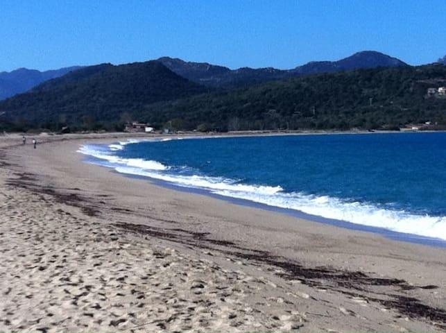 Le calme à 5' de la plage - Belgodère - Casa