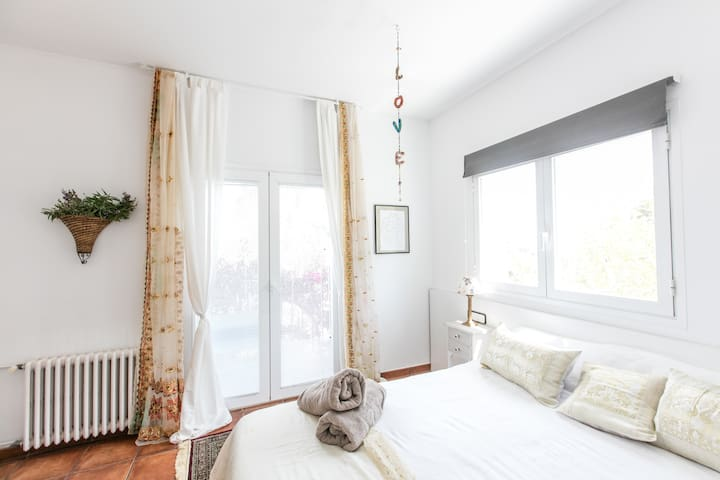 Double room with pool view - Santa Gertrudis de Fruitera - Huis