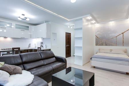 New stylish flat near Kievskaya - Moskwa - Apartament