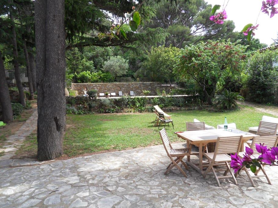 Maison cap brun jardin et piscine h user zur miete in toulon provence alpes c te d 39 azur - Maison jardin brisbane toulon ...