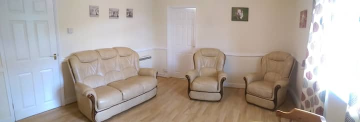 LARGE 2 BED S/ CONTAINED  APT, BLACKMILL, BRIDGEND