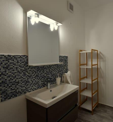 Neferprod Apartments - IS - CAM 01