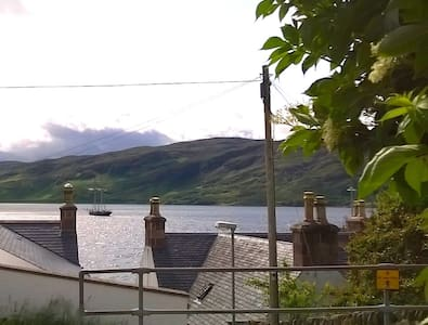 Corran Beg, studio apartment, sleeps 2, sea views - Ullapool - Pis