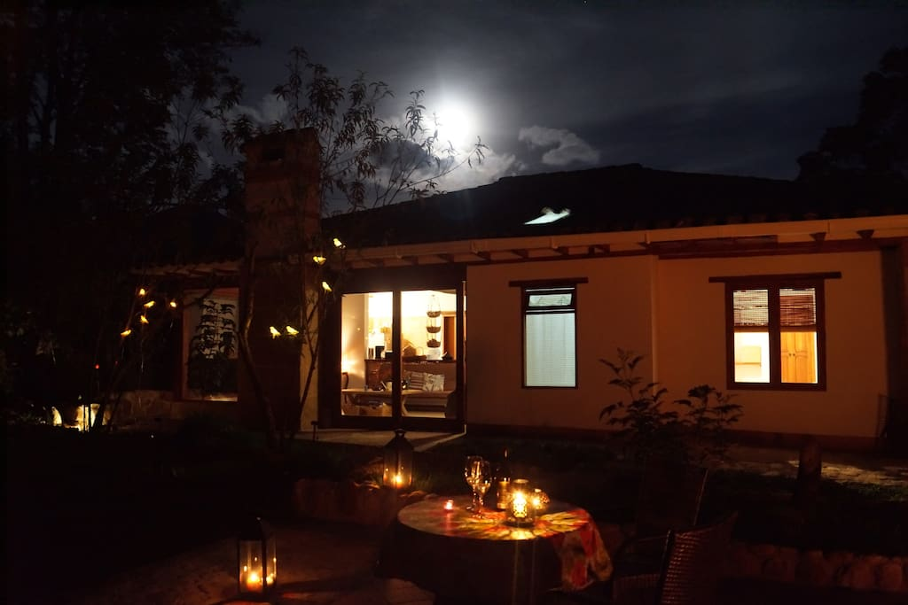 vista nocturna en luna llena