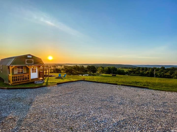 "NEW! BUFFALO VIEW-5MIN FROM PONCA! ""TINY CABIN"""