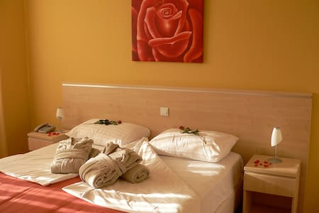 Hotel Epicenter  - quadruple room - Postojna