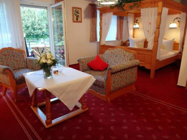 Himmelbett mit Balkon - Lauterbach - Haus