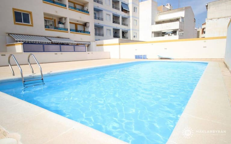 MB PASTOR First floor apartment in the center of Torrevieja