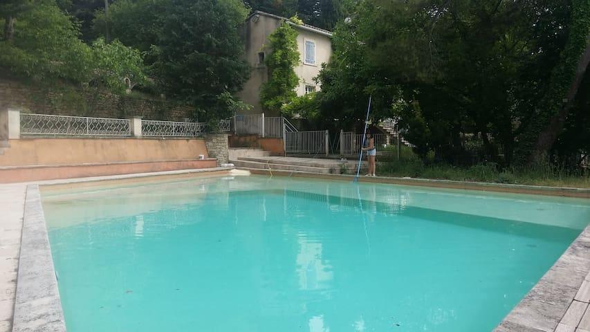 Maison Piscine Tennis 12 couch. Luberon Menerbes - Ménerbes - Dům