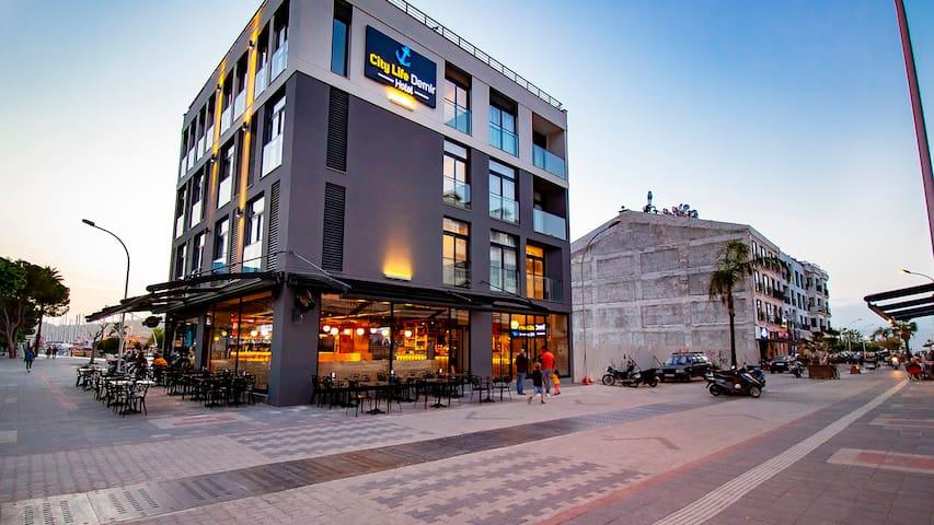 City Life Demir Hotel