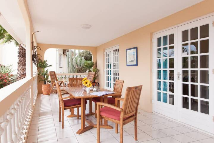 Luxurious Villa - Livingstone Jan Thiel Resort