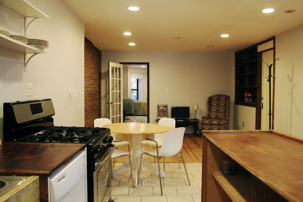 Garden Apartment In Crown Heights Brooklyn Apartments For Rent In Brooklyn