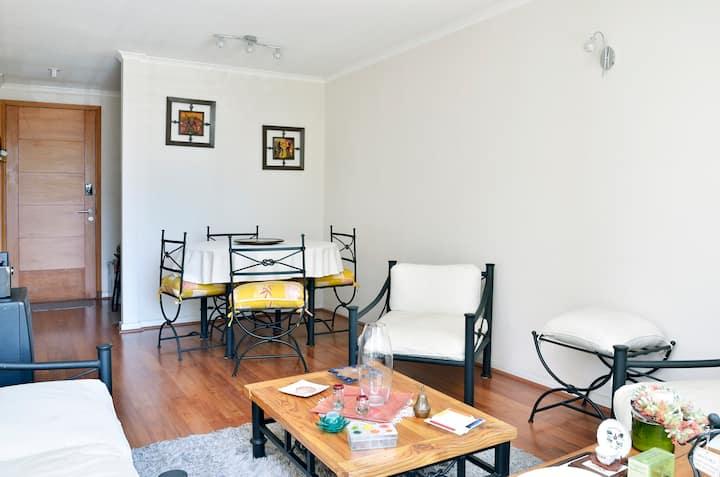 Apartment in Las Condes, excellent location!