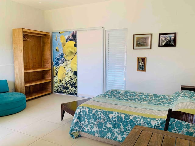 Casa Tatu do Bem: Mar + Flats + Bar