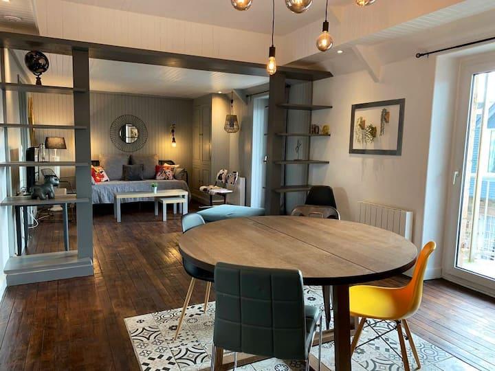COEUR DE VILLE - 62 m² - COMMERCES & PLAGE  à pied