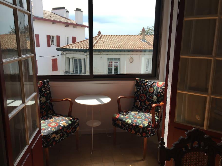 Balcony dining room