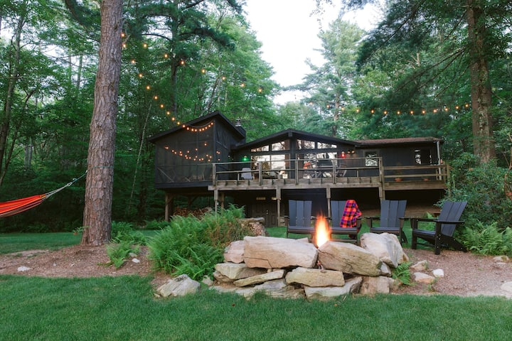 Wilderness Lake House: Private Retreat on 5 acres