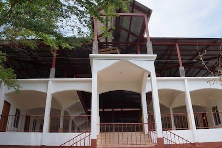 Tiburon Dulce Hotel - San José del Sur