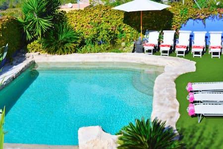 Entre Olivos: Very Charming Villa - Sant Pere de Ribes