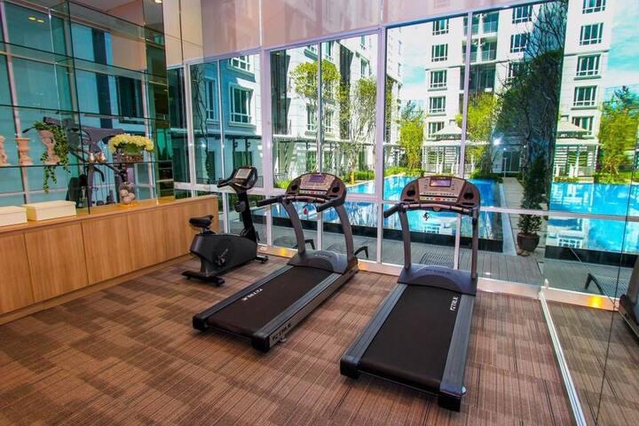 ยิม (Fitness center)
