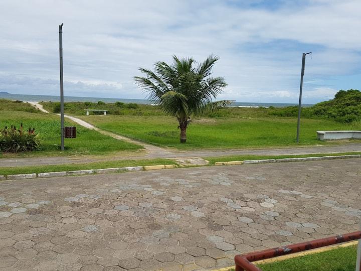 Apartamento em condomínio fechado - Canoas/PR