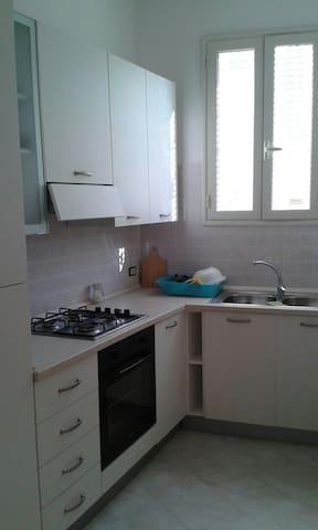 Casa per 4/6 persone a Gallipoli - Sannicola - House