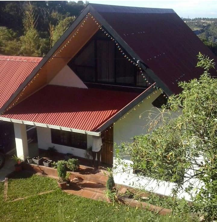 Cabaña en la Montaña Jaramillo Centro