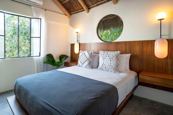 Suit12 Casa Pia. Tropical Room
