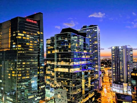Fully featured apartment in Brickell with parking