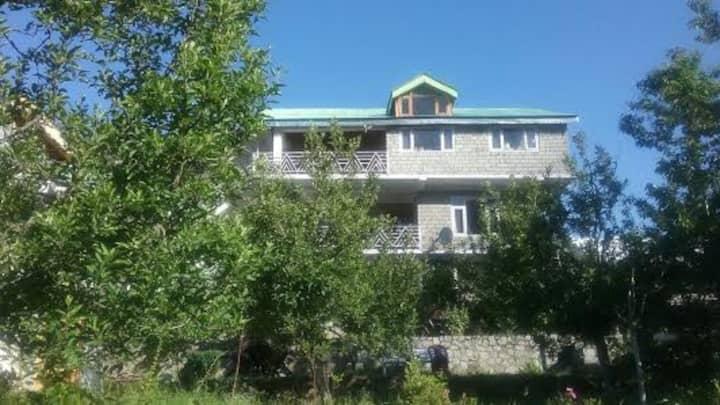 Manali B&B Home-stay Accommodation