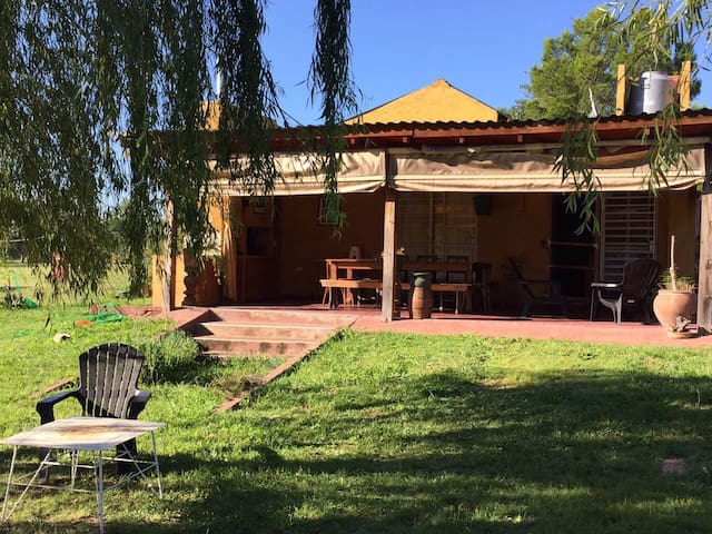 Casa de campo / Country Cabin: Punto Claro - Villa General Belgrano - Houten huisje