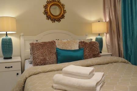 -40% Convenient 1BR Perfect for Romantic Getaway