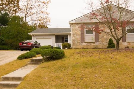 Spacious Modern Rancher near Rowan University - Pitman - Ev