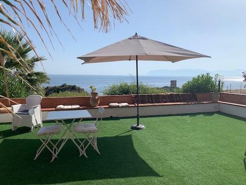 Villa vista mare con spiaggia privata