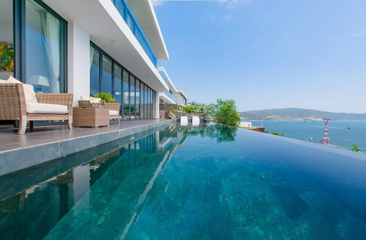 The Bling Sea View Villa