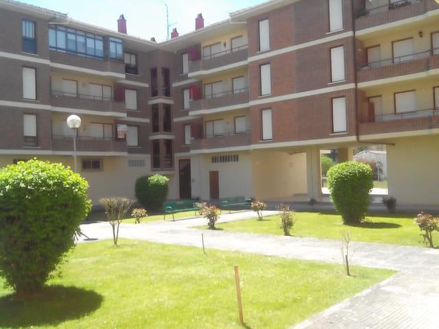 Apartamento en zona residencial - Villarcayo
