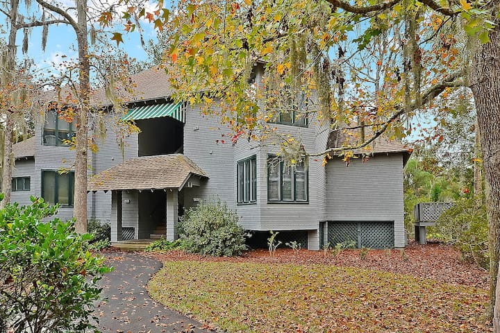 First-floor, waterfront home with easy access to tennis, golf, and more!