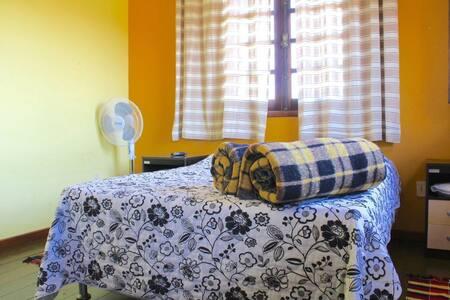 Hostel/Pousada do Chico em São Lourenço-MG - São Lourenço - Hostel