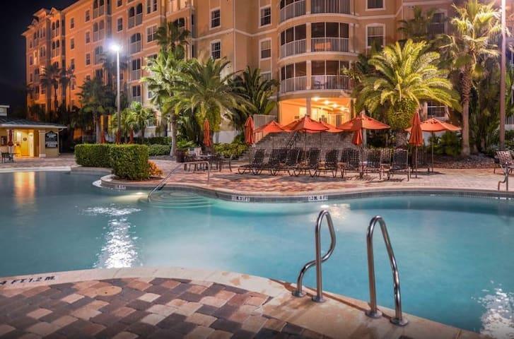 Orlando Mystic Dunes 2 Bdr Villa near Disney Parks