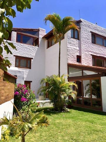 La casa del Arroyo en San Felipe del Agua, Oaxaca - Oaxaca - House