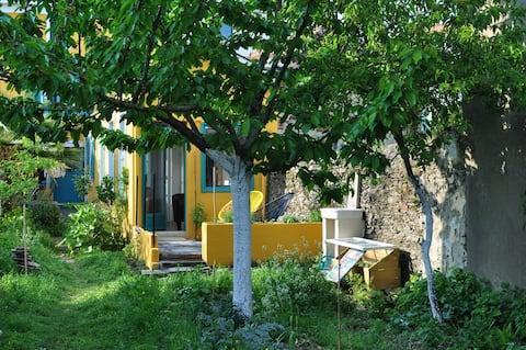 Studio sur jardin dans village de pêcheurs à Rezé