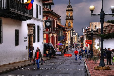 Downtown, Best Location, Roomy! 4 - Bogota