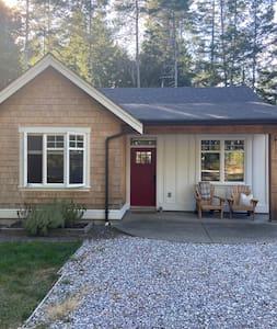 Comox Cottage
