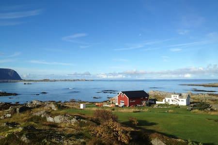 Lofoten Seahouse, Sandøy, Vestvågøy - Vestvågøy