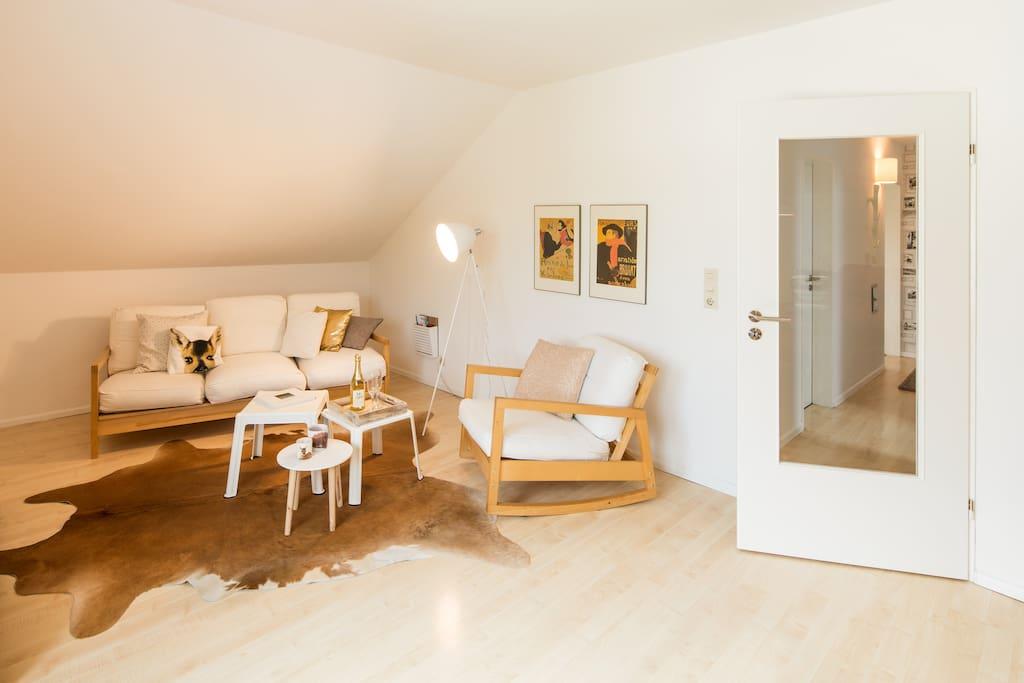 sch nes wohnen am sauerland h henflug wohnungen zur miete in korbach hessen deutschland. Black Bedroom Furniture Sets. Home Design Ideas